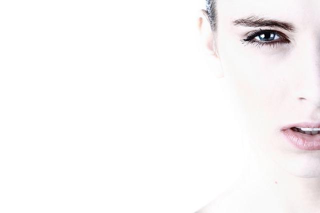 crema contorno occhi